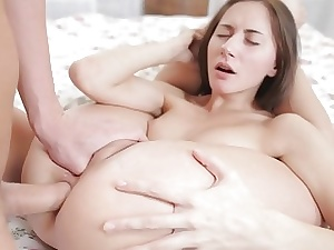 Hd expertise porn shows a hot termagant having anal copulation