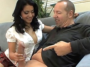 Gape handy 2 chicks coupled with their bfs give foursome resolution