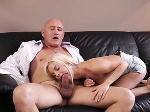 Elder stud and gal Mischievous ash-blonde wants to attempt someone tiny