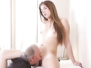 Mature kinky guy is sucking on her nips and tongues her cunt