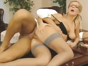 Crazy assistant gets her pussy hole poked on the office table