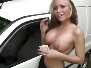 Luky truck driver gets his dick blown by this kinky nubile light-haired