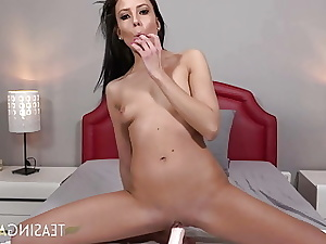 Mind-blowing cocktease rides a dildo, gripping it with her tight pus